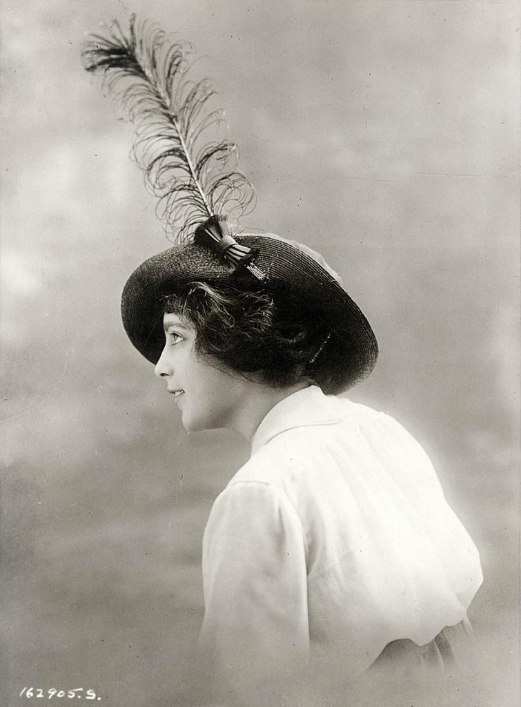 0 6f5b3 a230d971 orig Женские шляпки 1913   1915 годов