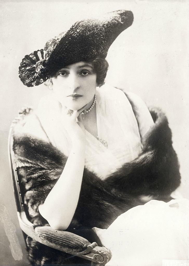 0 6f5b4 a10091db orig Женские шляпки 1913   1915 годов