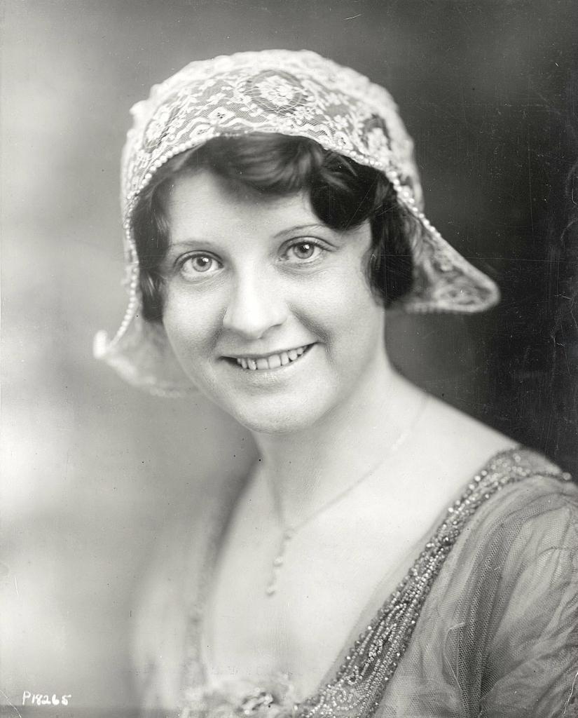 0 6f5bb b52fdbbd orig Женские шляпки 1913   1915 годов