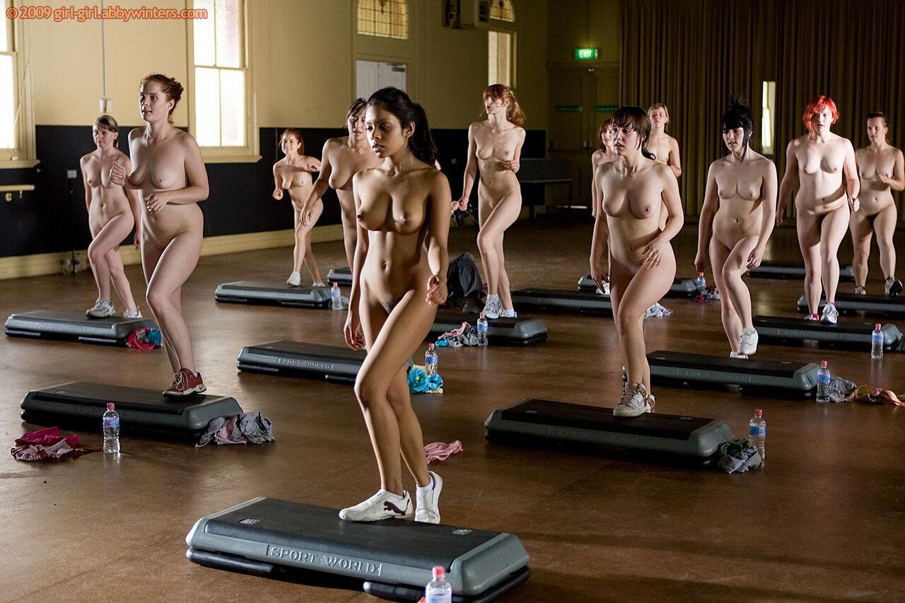 Фото эротика девушек в одежде для фитнеса