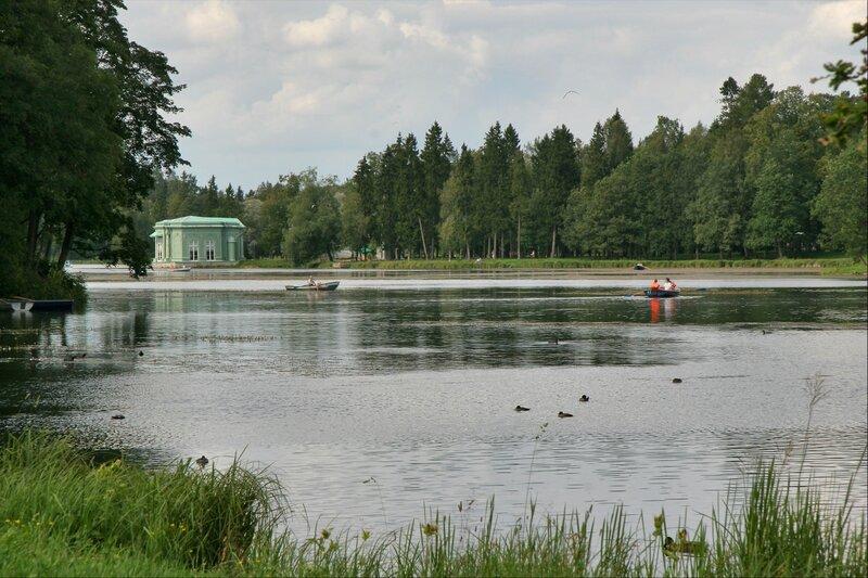 Гатчинский парк, Озеро Белое и павильон Венеры