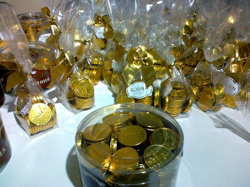 Шоколадные медали в магазине ROSHEN
