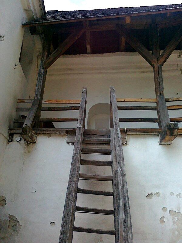 Лестница на оборонительную галерею Печерской лавры