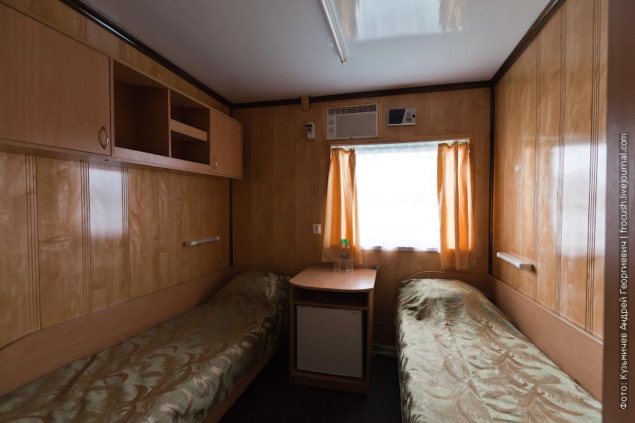 Двухместная одноярусная каюта с удобствами №227 на средней палубе теплоход Иван Кулибин