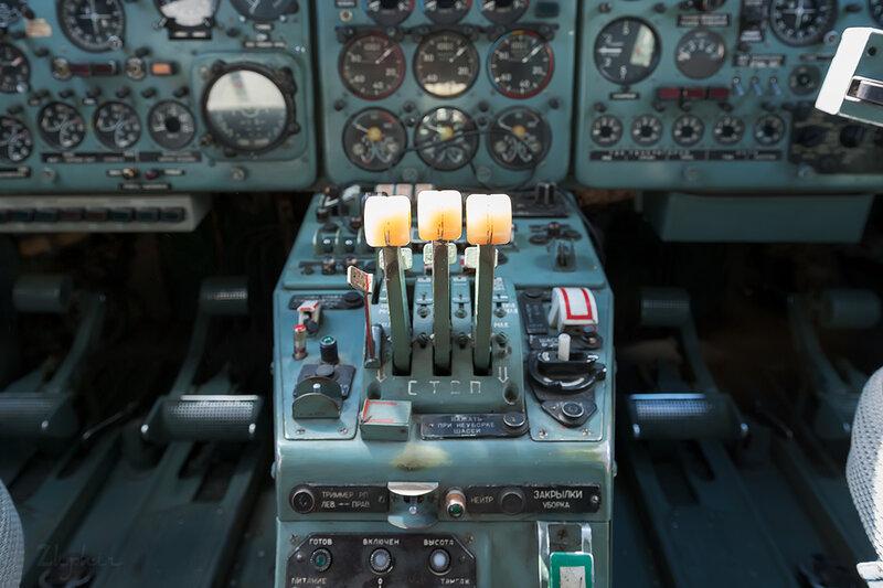 Яковлев Як-40К (RA-87974) Летные технологии DSC_4510
