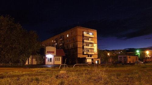 Фото города Инта №1323  Воркутинская 12 и 12а 08.09.2012_20:52