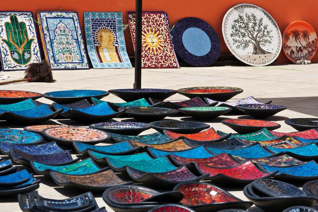 какие сувениры можно привезти из туниса фото этапом станет