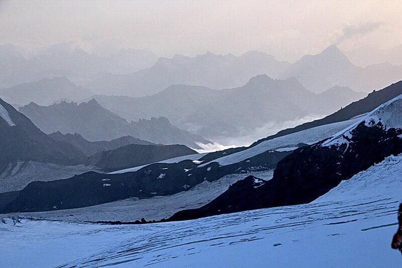 Август 2012, горы, Эльбрус, фотографии Виталия Жигулина