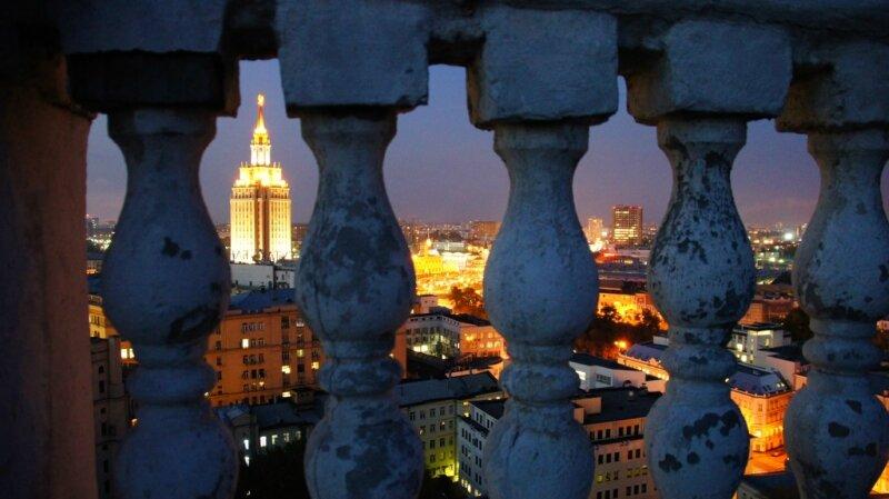 Москва, высотка