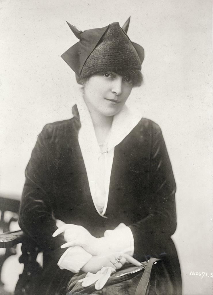 0 6f5b1 65338132 orig Женские шляпки 1913   1915 годов