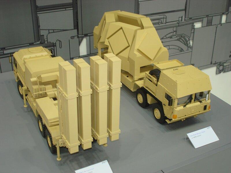 ЗРК c ракетами IRIS-T от DIEHL