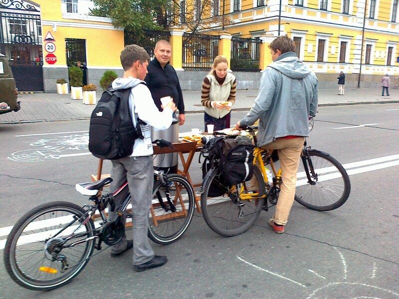 Пункт питания для велосипедистов
