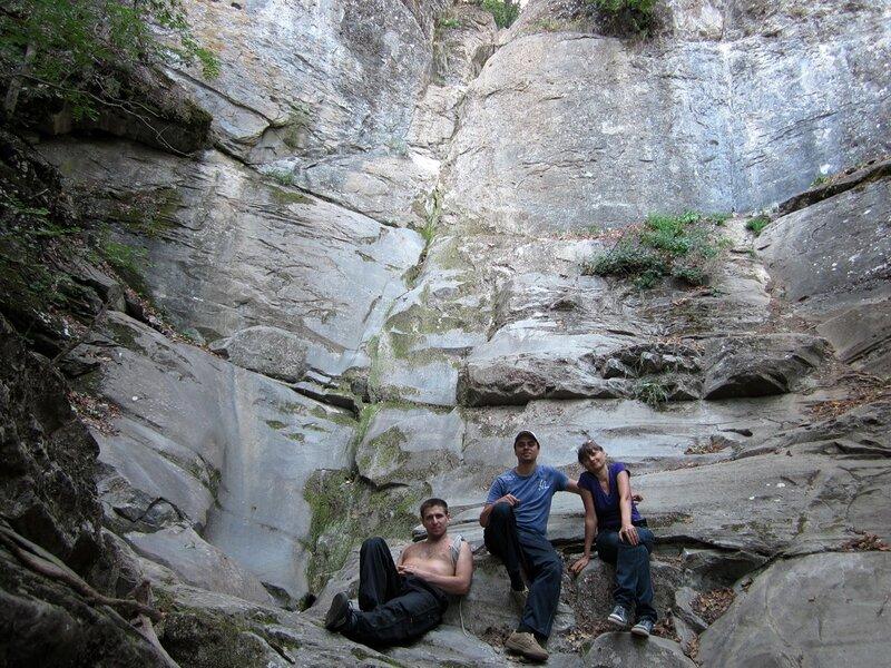 Мы у скалы