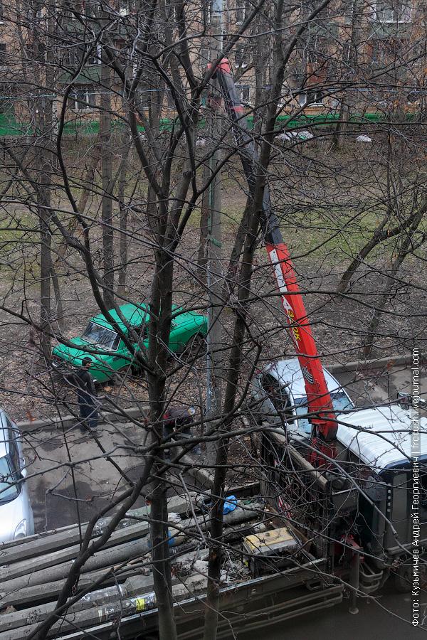 демонтаж бетонного фонарного столба