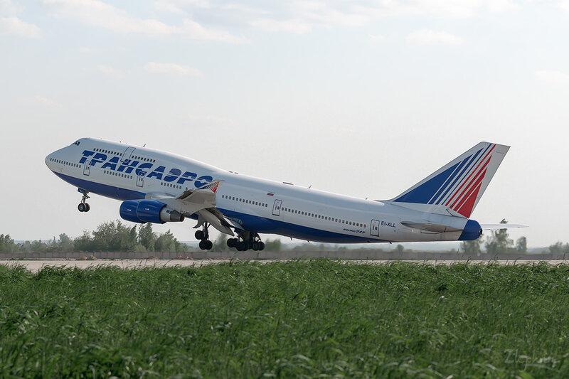 Boeing 747-412 (EI-XLL) Трансаэро DSC0266