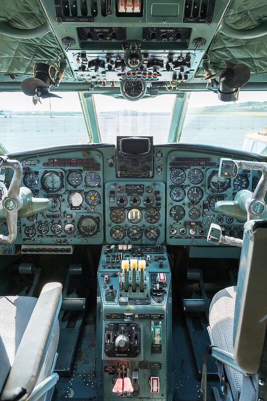 Яковлев Як-40К (RA-87974) Летные технологии DSC_4505