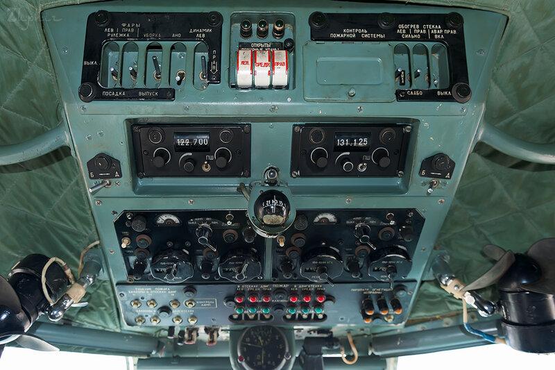Яковлев Як-40К (RA-87974) Летные технологии DSC_4513