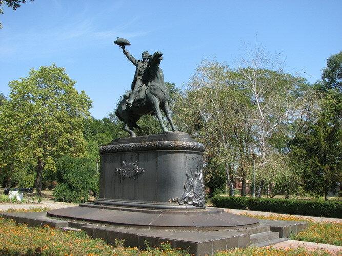 Памятник недорого цена голодомору памятники в брянске цена