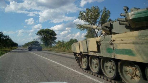 НаЛуганщине свидетели увидели новейшие русские танки Т-90А
