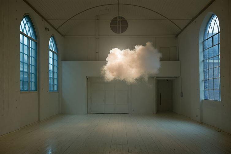 Это может показаться фейком, но на самом деле это работа голландского художника Бернднаута Смилде, к