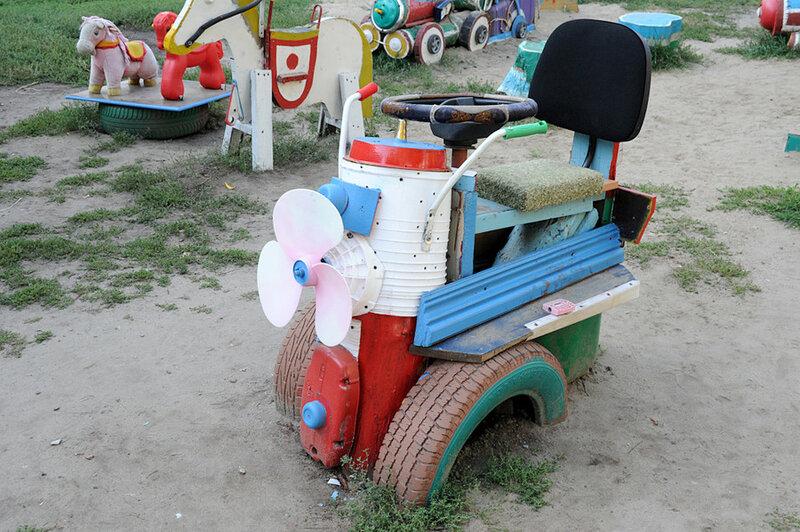 Мотоциклы на детской площадке своими руками фото 637