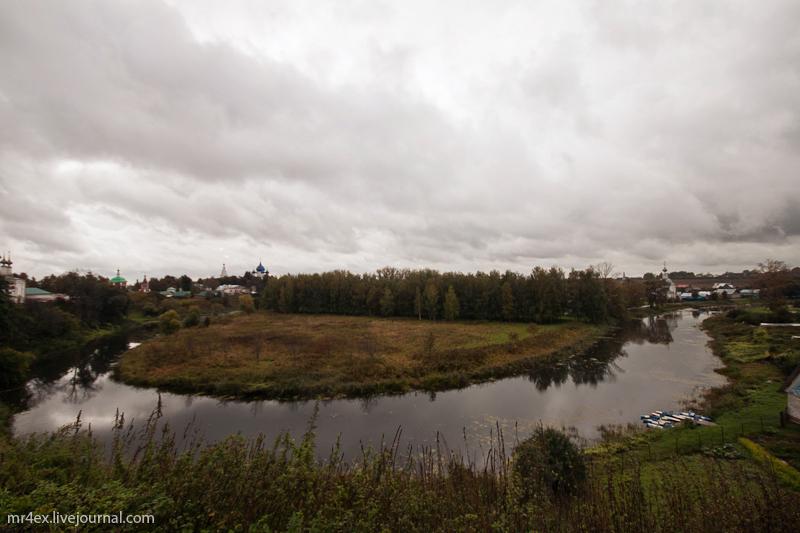 Суздаль. Река Каменка