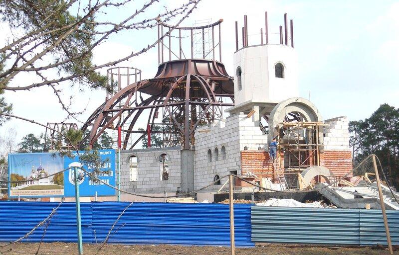 Строительство собора.