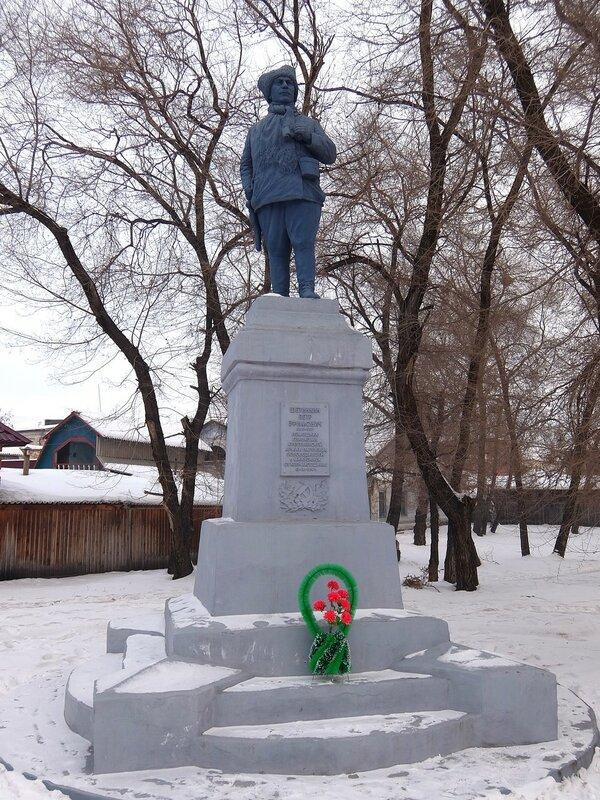 Минусинск - Памятник Щетинкину
