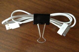биндер клип для аккуратного сматывания и закрепления проводов от наушников