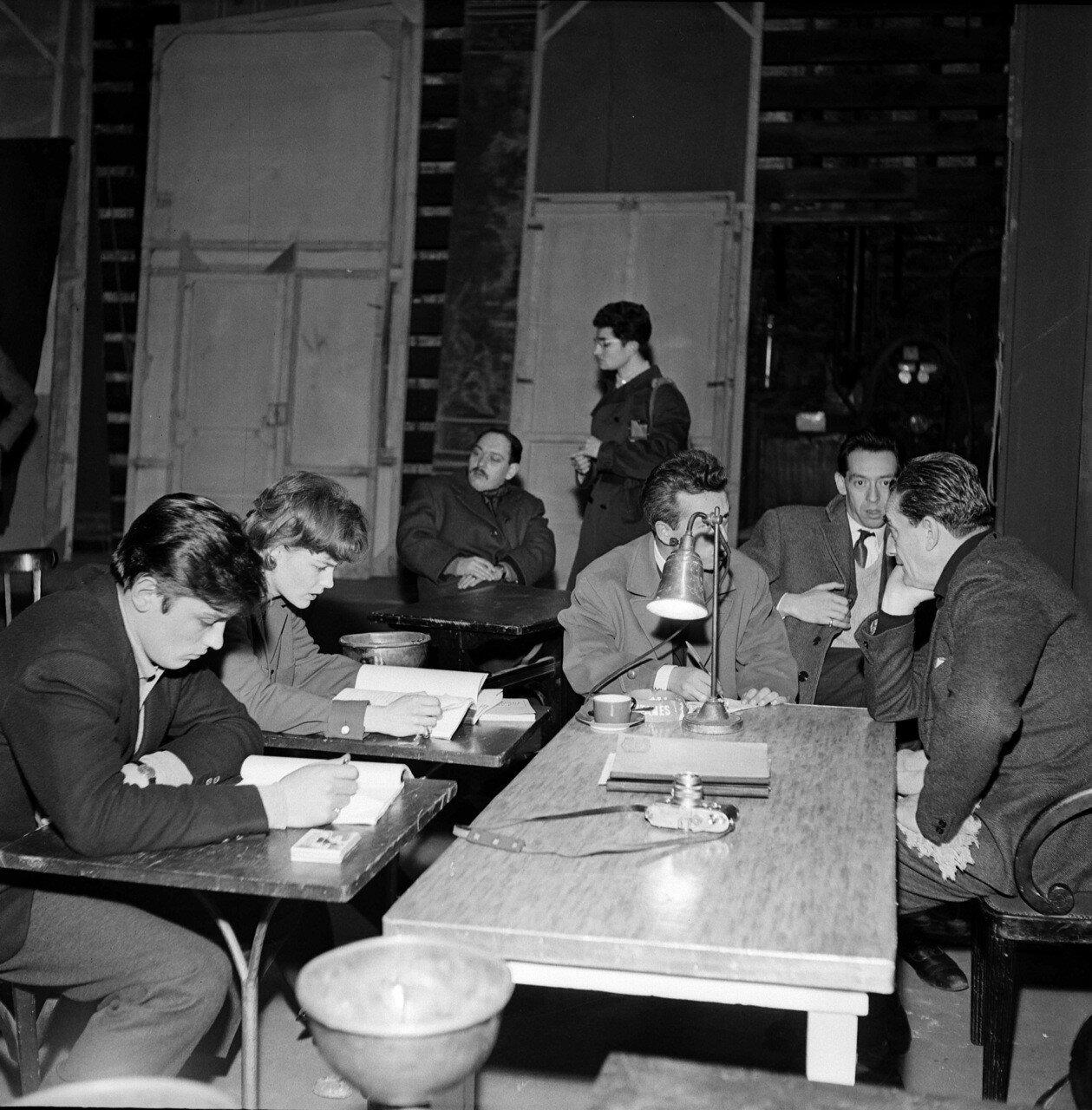 1961. На репетиции спектакля «Жаль, что она развратница» с Роми