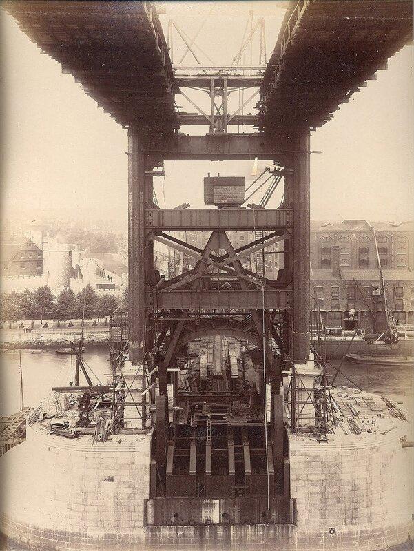 Как строился Тауэрский мост? 0_c42bc_68271ab8_XL