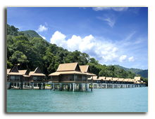 Малайзия. Лангкави. BerjayaLangkawi_Premier_Chalet_On_Water_-_Facade_Rainforest