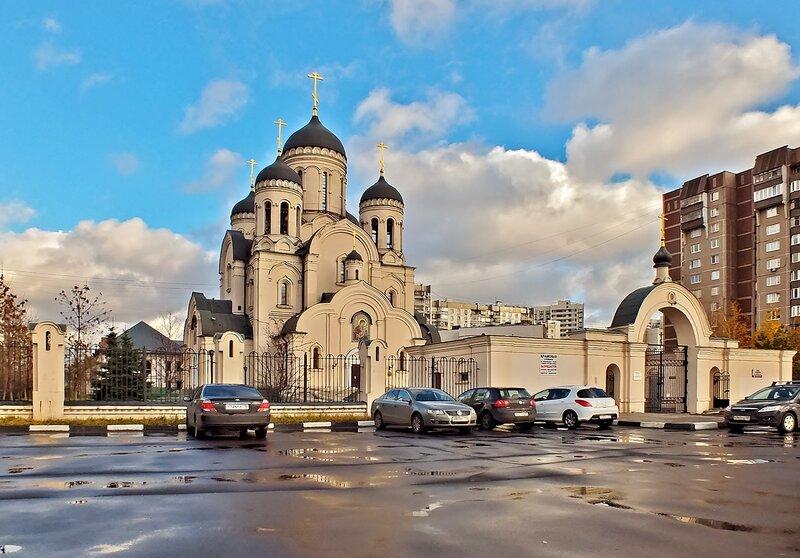 """Храм иконы """"Утоли моя печали"""" в Марьино."""
