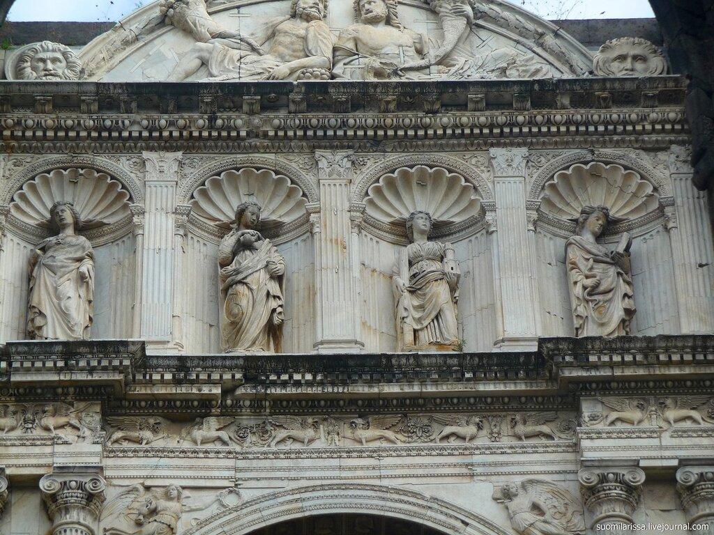 Деталь Триумфальной арки.