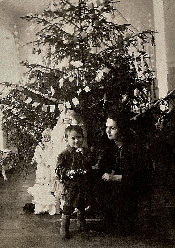 Новый год, Канаш. Стасик с мамой.
