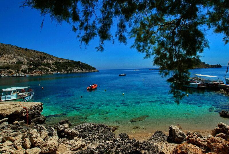 Голубые бухты острова Закинтос. Греция