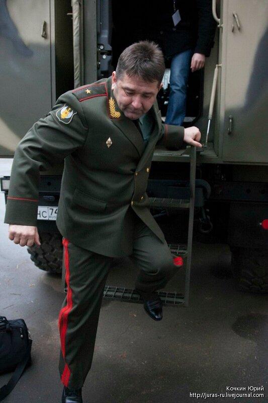 Товарищ генерал-майор Александр Шевченко. Технический облик военного автомобиля многоцелевого назначения XXI века