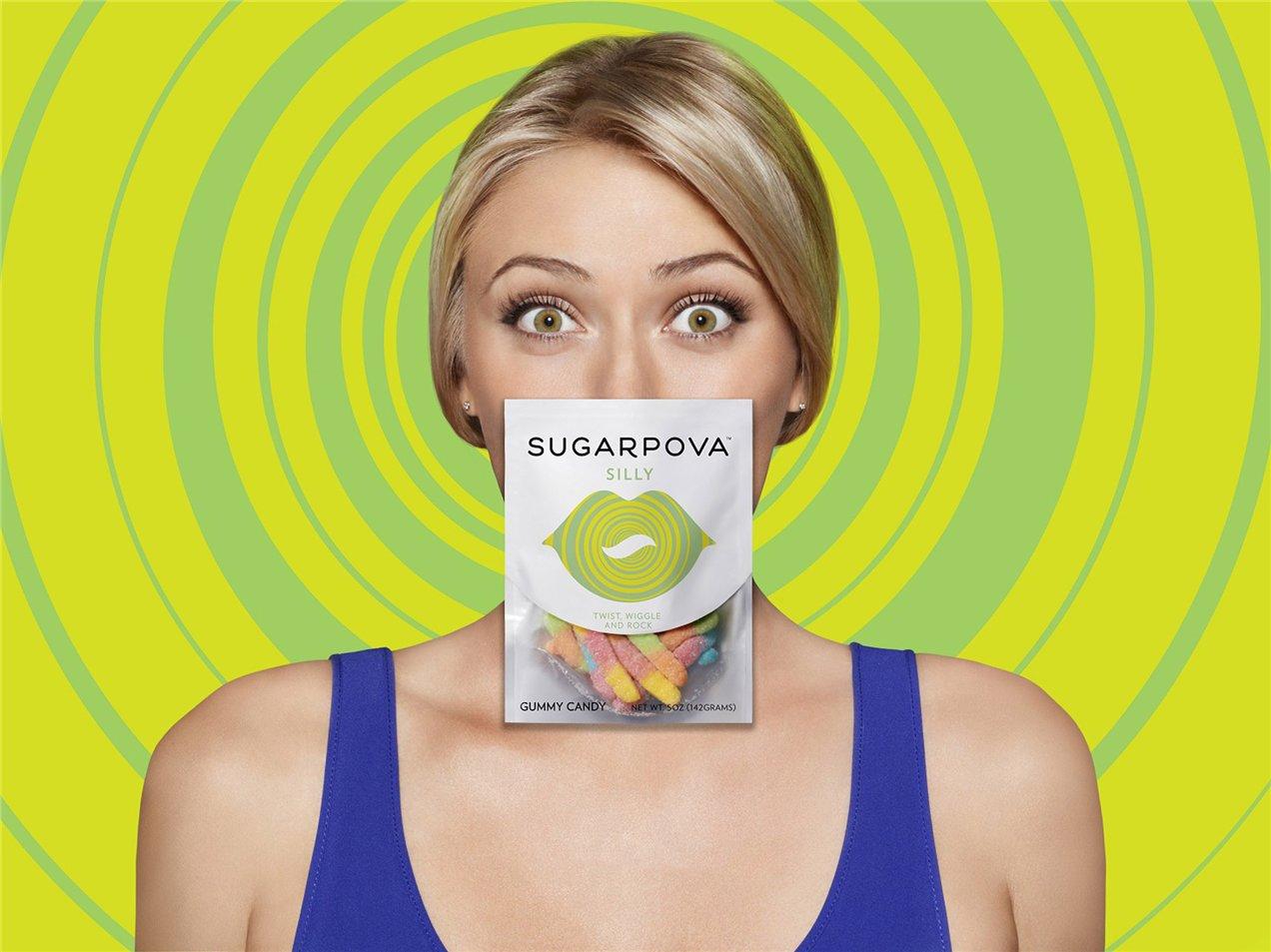 Мария Шарапова рекламирует конфеты под собственным брендом SugarPova