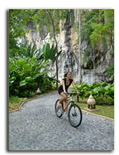 Малайзия. Лангкави. Four Seasons Resort Langkawi. Cycling