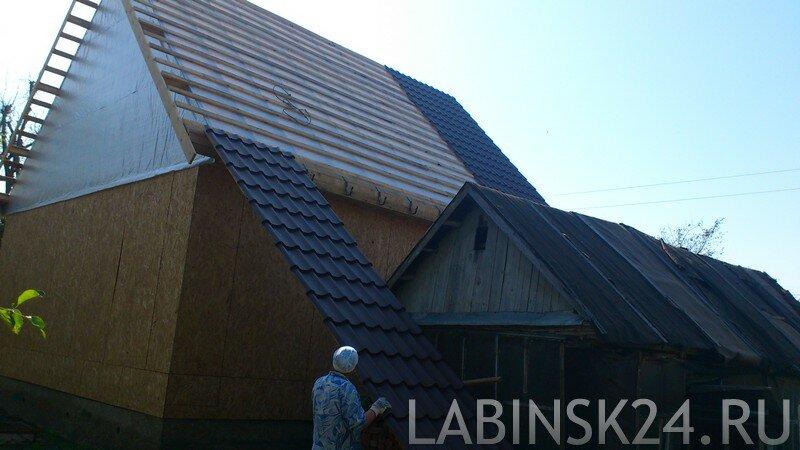 Как покрыть крышу металлочерепицей своими раками без лесов и  с малым количеством рабочих
