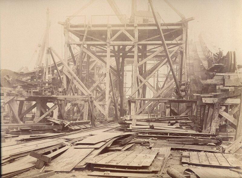 Как строился Тауэрский мост? 0_c42ac_9374270a_XL