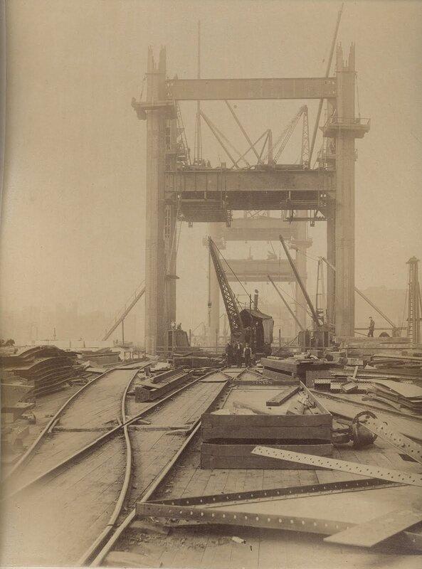 Как строился Тауэрский мост? 0_c42b7_f5c99fb6_XL