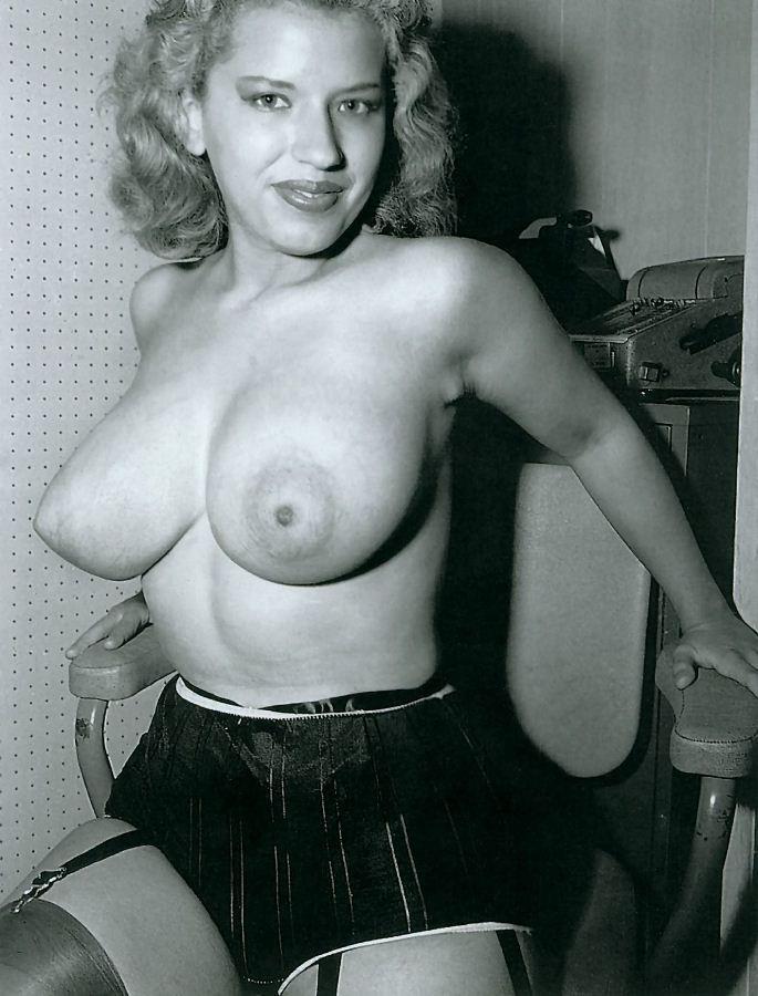ретро фото ретро груди