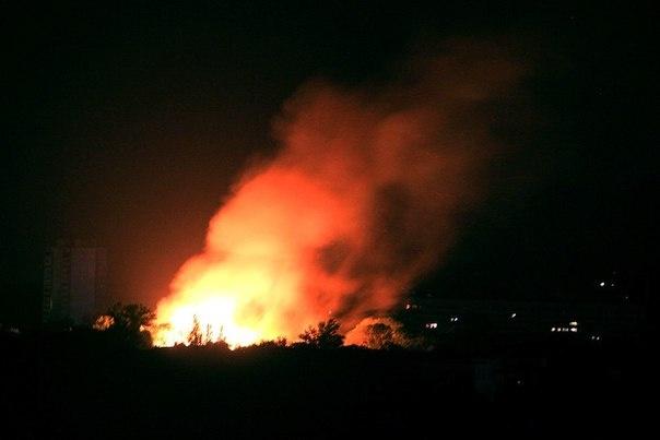 Ночью на Рогани горел пустующий военный городок