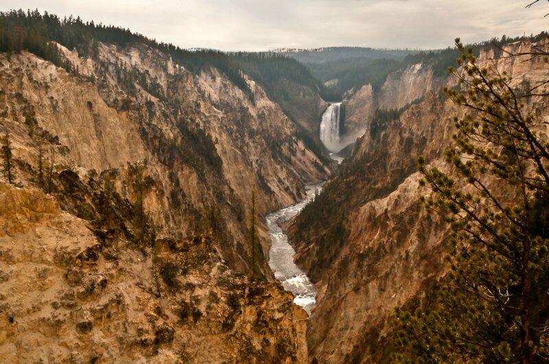 Большой каньон Йеллоустоуна