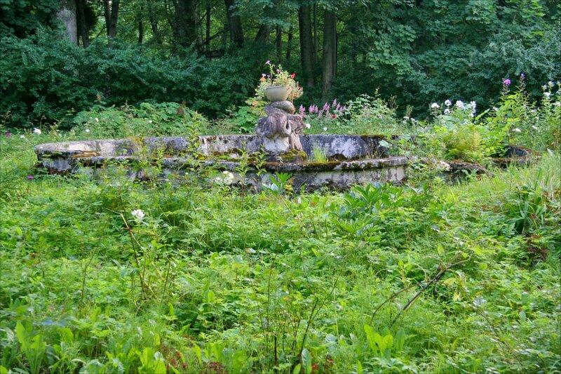 Дача великого князя Бориса Владимировича, фонтан