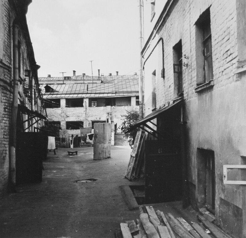 Бывший ночлежный дом Румянцева в конце 1960-х