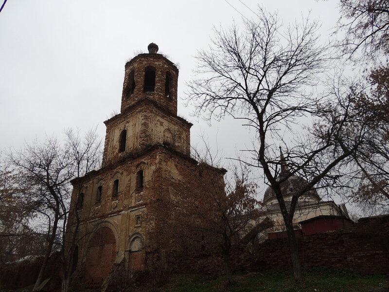 Распятский монастырь в Серпухове