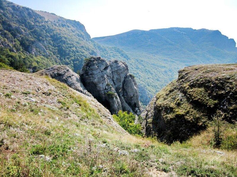Скалы на Демерджи