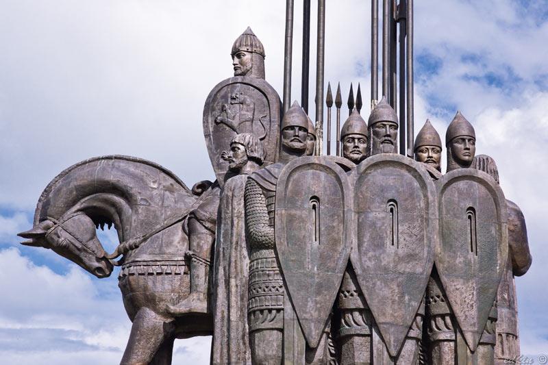 Псков, памятник Александру Невскому, гора Соколиха